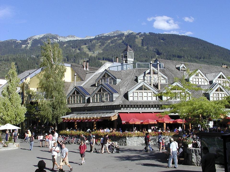 whistler-village-53495_960_720
