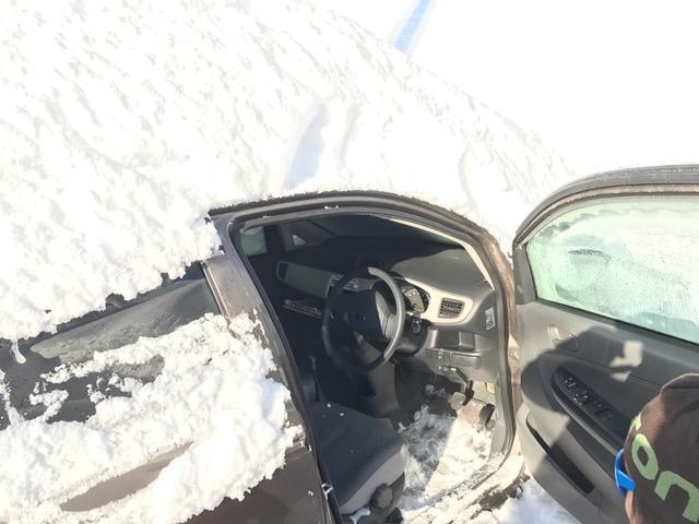 スノーボード車救除雪
