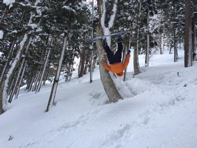 スノーボード失敗エアー