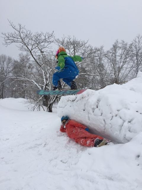 僕と飛び越えるスノーボーダー